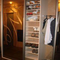 Полки для обуви в шкафе-купе