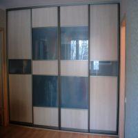 Комбинированные двери-купе - ДСП и матовое стекло